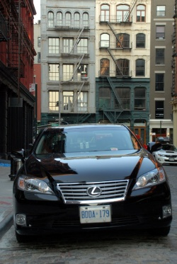 Used Vehicle Review: Lexus ES, 2007 2012 used car reviews reviews luxury cars lexus