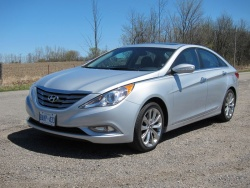 2011 Hyundai Sonata 2.0T Limited with Navigation
