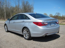 Test Drive: 2011 Hyundai Sonata 2.0T Limited with Navigation car test drives reviews hyundai