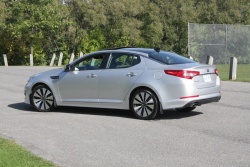 Test Drive: 2011 Kia Optima SX kia