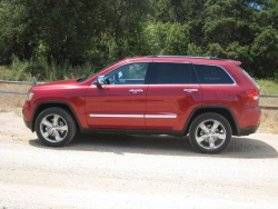 First Drive: 2011 Jeep Grand Cherokee first drives