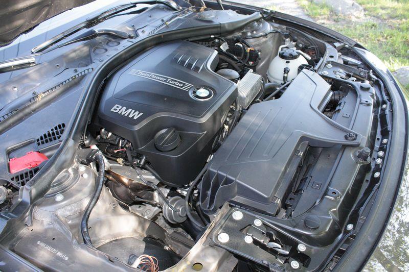 2012 BMW 328i Modern