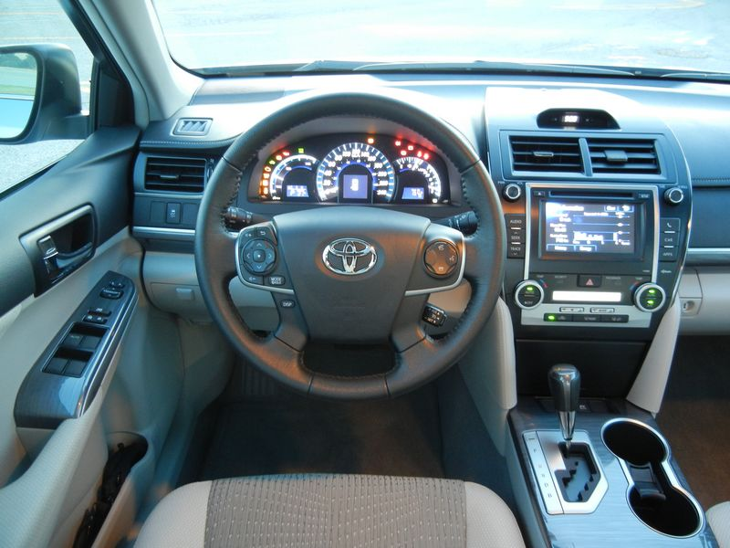 2012 Toyota Camry Hybrid