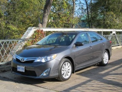 First Drive: 2012 Toyota Camry reviews toyota first drives