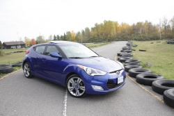 2012 Hyundai Veloster Tech Package