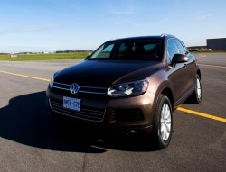 "Feature: 2012 Canadian Car of the Year ""Testfest"" reviews car of the year"