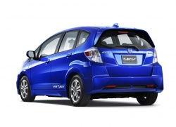 Plug in Honda Fit reaches customers next year general news auto shows 2012 autoshows 2011 los angeles auto show