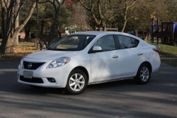 Test Drive: 2012 Nissan Versa SL sedan car test drives reviews nissan
