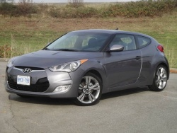 Test Drive: 2012 Hyundai Veloster car test drives reviews hyundai