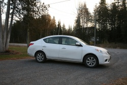 Day by Day Review: 2012 Nissan Versa SL Sedan nissan daily car reviews