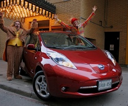 Second Opinion Test Drive: 2012 Nissan Leaf SL  car test drives nissan electric green news