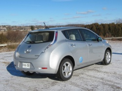 Test Drive: 2012 Nissan Leaf SL greenreviews