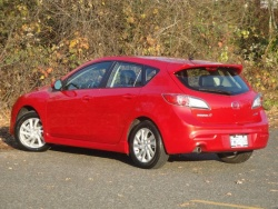 Test Drive:  2012 Mazda3 Sport GS Sky car test drives reviews mazda