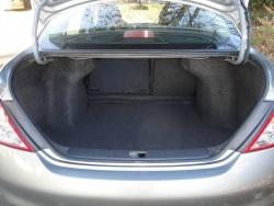 Test Drive: 2012 Nissan Versa 1.6 SV sedan videos car test drives reviews nissan