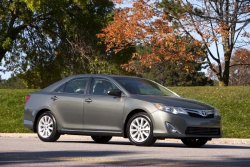 Test Drive: 2012 Toyota Camry XLE 4 cylinder reviews toyota car test drives