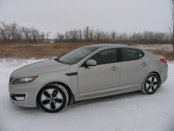 Long term Test Arrival: 2011 Kia Optima Hybrid car test drives long term auto tests kia hybrids