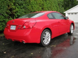2012 Nissan Altima 3.5 SR coupe