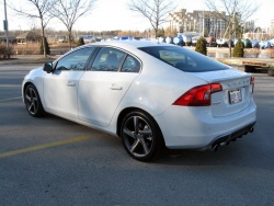 Test Drive: 2012 Volvo S60 R Design volvo car test drives reviews luxury cars