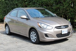 Test Drive: 2012 Hyundai Accent GL sedan car test drives reviews hyundai
