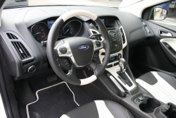 Test Drive: 2012 Ford Focus SEL hatchback car test drives reviews ford