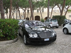 Bentley parked near the palace in Monaco-Ville