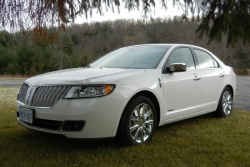 Test Drive: 2012 Lincoln MKZ Hybrid car test drives luxury cars lincoln hybrids