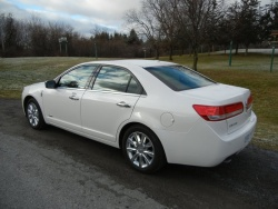Test Drive: 2012 Lincoln MKZ Hybrid greenreviews
