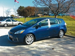 Comparison Test: Four Small Family Haulers toyota reviews mazda dodge car comparisons chevrolet