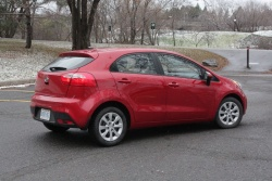 Test Drive: 2012 Kia Rio5 LX+ reviews kia car test drives