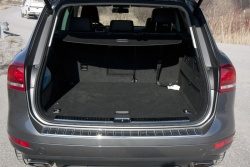 Test Drive: 2012 Volkswagen Touareg TDI Clean Diesel greenreviews