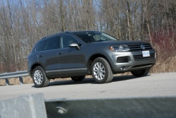 Test Drive: 2012 Volkswagen Touareg TDI Clean Diesel volkswagen car test drives diesel