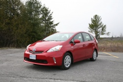 Day by Day Review: 2012 Toyota Prius V daily car reviews toyota hybrids car test drives