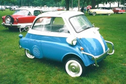 Motoring Memories: BMW Isetta car culture