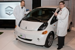 Feature: Mitsubishi Cures Range Anxiety? electric green news auto articles mitsubishi