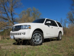 Comparison Test: Luxury Heavyweights reviews lincoln cadillac car comparisons trucks