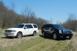 Lincoln Navigator (left) and Cadillac Escalade
