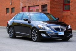 Test Drive: 2012 Hyundai Genesis R Spec car test drives reviews luxury cars hyundai