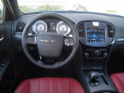 2012 Chrysler 300S V6