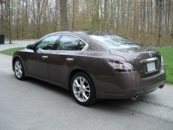 Quick Spin: 2012 Nissan Maxima car test drives reviews nissan