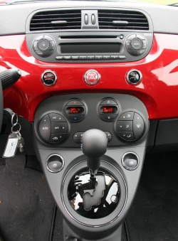 Test Drive: 2012 Fiat 500 Lounge car test drives reviews makes fiat auto articles