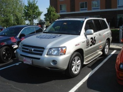 Team Eco-friendly #36 – 2007 Toyota Highlander Hybrid