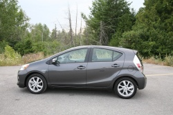 Long Term Test Update 1: 2012 Toyota Prius C green reviews