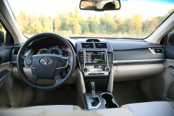 Day by Day Review: 2012 Toyota Camry Hybrid XLE toyota car test drives daily car reviews