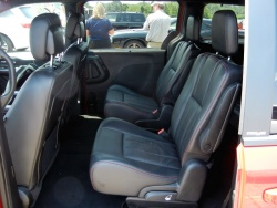 Quick Spin: 2012 Dodge Grand Caravan R/T car test drives dodge