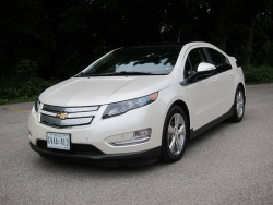 First Drive: 2012 Chevrolet Volt videos reviews hybrids first drives auto articles chevrolet