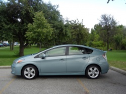 Test Drive: 2012 Toyota Prius green reviews