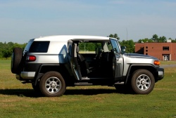 Test Drive: 2012 Toyota FJ Cruiser toyota car test drives reviews