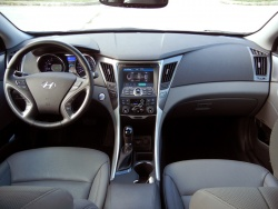 Quick Spin: 2012 Hyundai Sonata Hybrid car test drives hyundai hybrids