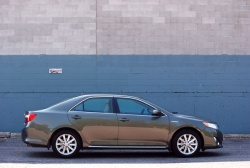 Test Drive: 2012 Toyota Camry Hybrid XLE toyota car test drives hybrids