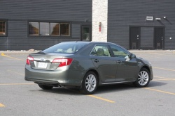 Second Opinion: 2012 Toyota Camry Hybrid toyota car test drives hybrids